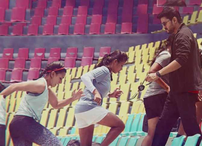 Singappenny single reactions, thalapathy vijay, atlee, bigil