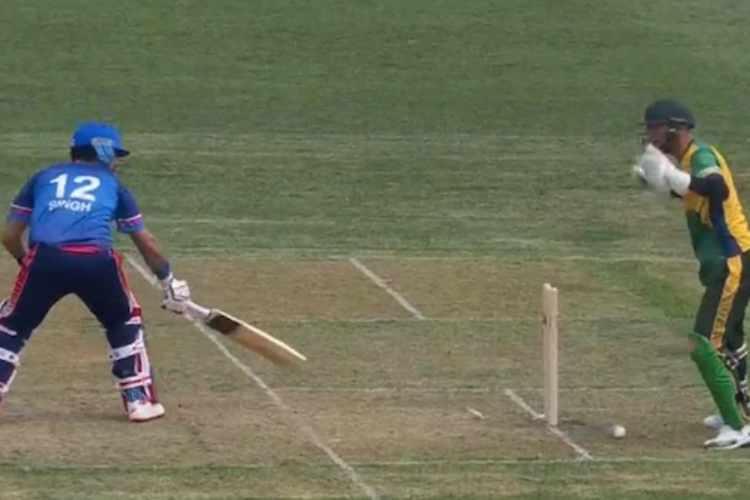 yuvraj singh, cricket, canada, wicket, stumping, யுவராஜ் சிங், கிரிக்கெட், கனடா, விக்கெட், அவுட்