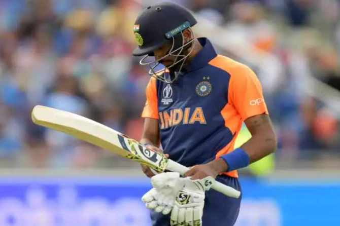 worldcup cricket, indian cricket team, dhoni, defeat, pakistan, england, semis, hardik pandya, netizens, உலககோப்பை கிரிக்கெட், இந்திய கிரிக்கெட் அணி, தோனி, தோல்வி, பாகிஸ்தான், இங்கிலாந்து, அரையிறுதி, ஹர்திக் பாண்ட்யா, நெட்டிசன்கள்