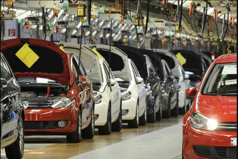 Indian automobile industry car sales down