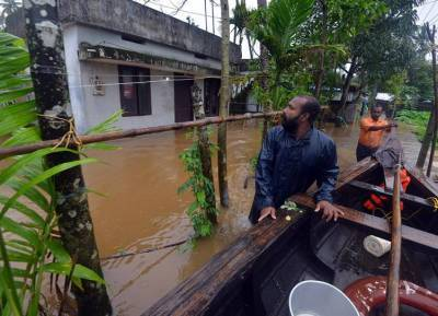 southwest monsoon kerala flood wayanad malappuram kozhikode rainfall