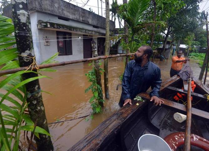 southwest monsoon kerala flood wayanad malappuram kozhikode rainfall