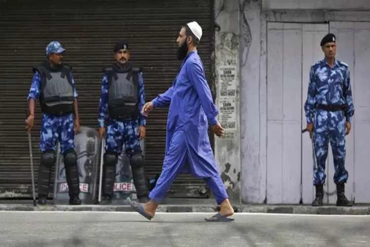 Right to access internet a fundamental right, Jammu kashmir, clampdown, 144