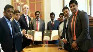 CM Palanichami, Tamil nadu cm Palanichami, london, Minister Vijayabaskar, memorandum of understandings, london athenaeum club