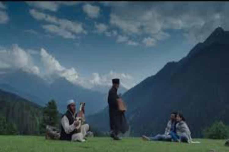Jammu and kashmir,Tourism,Tourism Industry, Tourism and Local Culture