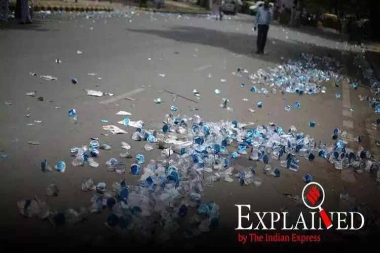 Central Pollution Control Board, CPCB report, plastic pollutes, plastic produced is waste, A study by the University of Newcastle, Australia, பிளாஸ்டி மாசு, பிளாஸ்டிக் கழிவு, உத்தரப் பிரதேசம், Uttar Pradesh generated 2.06 lakh tonnes of plastics, Gujarat generated 2.6 lakh tonnes of plastics,