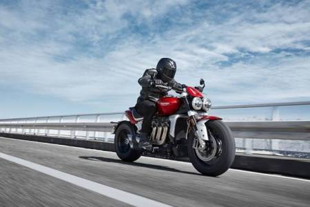 Triumph Rocket 3 bike engine, power, torque, specifications, price