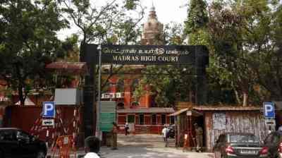 நீட் தேர்வு: தமிழக அரசின் நிலைப்பாடு குழப்பத்தை நோக்கி நகர்கிறதா?