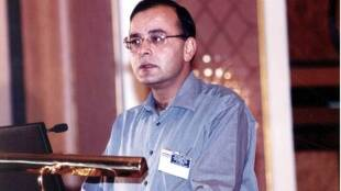 Former Finance Minister Arun Jaitley passes away rare photos of him - மண்ணுலகை விட்டுப் பிரிந்த அருண் ஜெட்லியின் அறிய புகைப்படங்கள்
