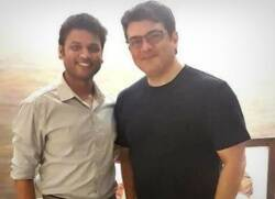 ajith meets swimmer kutraleeswaran thala 60 update - குற்றலீஸ்வரனுடன் அஜித் சந்திப்பு... அதுவும் 15 வருடங்களுக்கு முந்தையக் கெட்டப்பில்