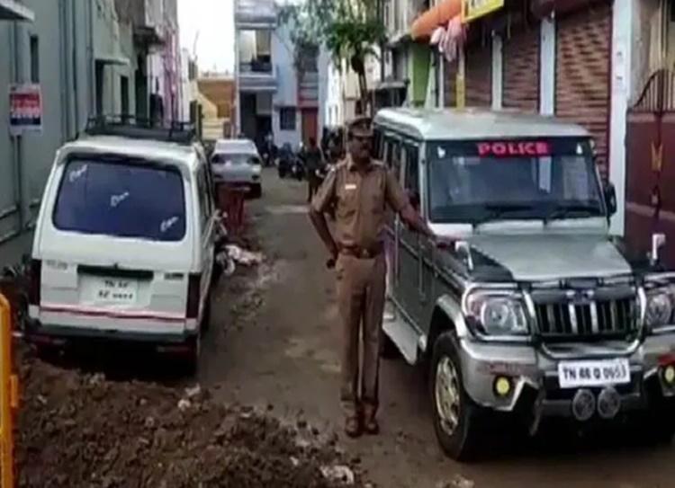 NIA raids 5 locations at Coimbatore in Islamic State terror funding probe - கோவையில் 5 இடங்களில் என்.ஐ.ஏ அதிகாரிகள் தீவிர சோதனை