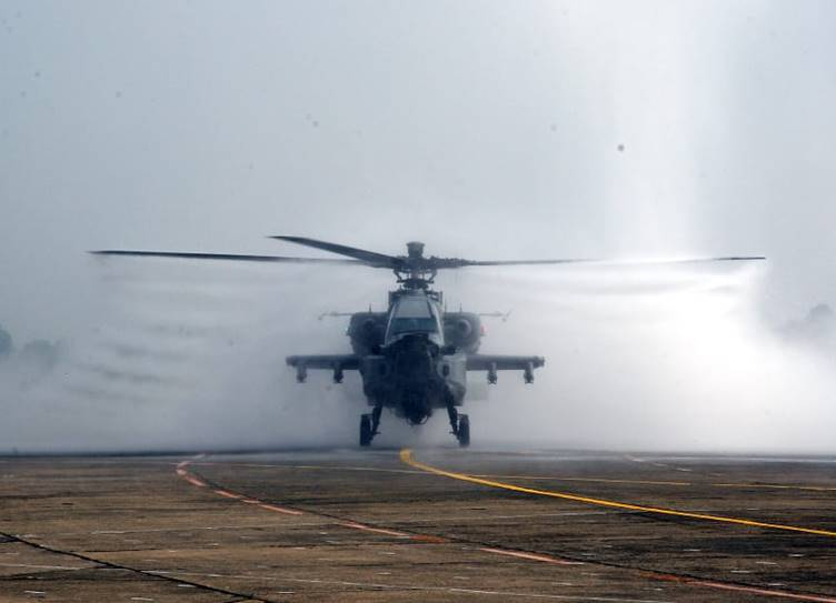 Apache AH-64E attack helicopters