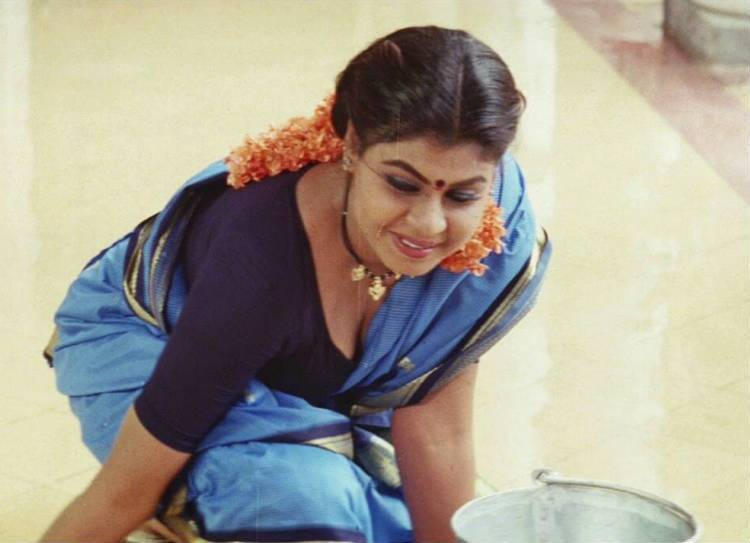Vichithra back to acting after 18 years, sun tv rasathi serial