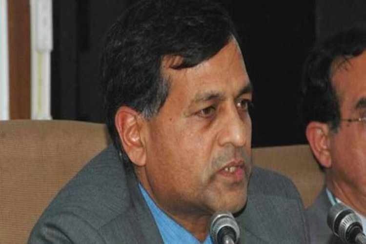 Ashok Lavasa, Ashok Lavasa wife IT notice, Election Commissioner wife IT notice, Novel Singhal Lavasa, Novel Singhal Lavasa IT notice
