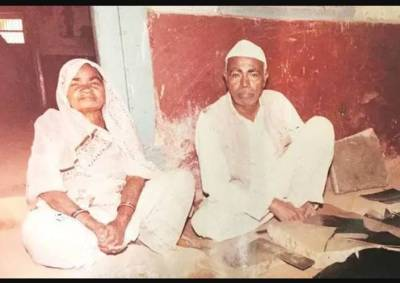 Ahimsa Chappals makers asked to leave the Sabarmati Ashram