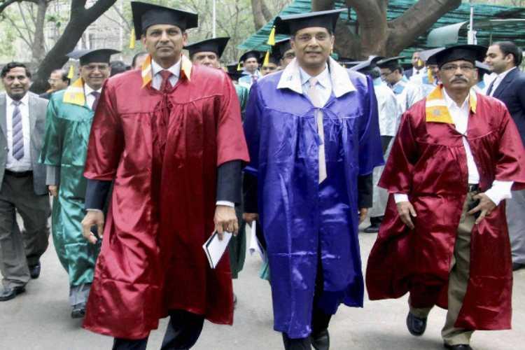 Suit boot ki sarkar jibe : Arvind Subramaniyan comments on Corporate Tax