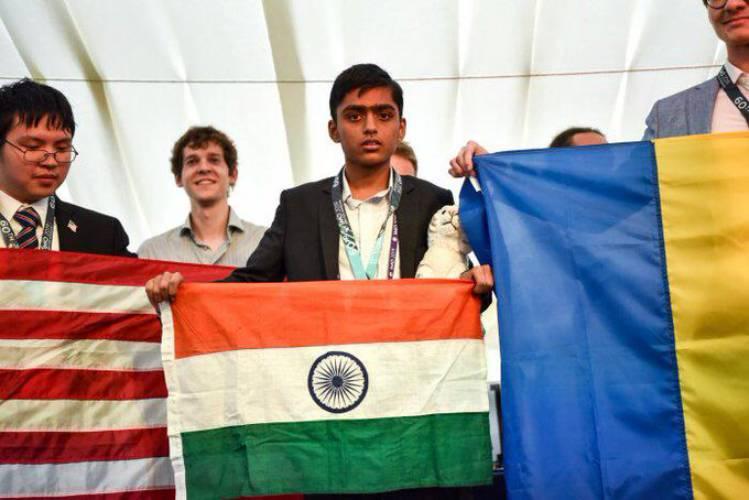 Pranjal Srivastava is India's youngest gold medalist at International Maths Olympiad : பிரஞ்சல் ஸ்ரீவஸ்தவா