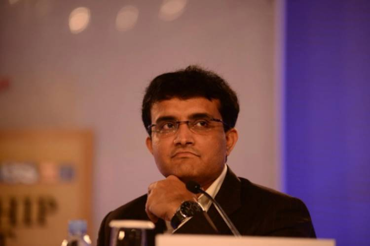 Sourav Ganguly gives savage response on Ravi Shastri bcci - இனிமே தான் தரமான சம்பவத்தை பார்க்கப் போறீங்க! - ரவி சாஸ்திரி பற்றிய கேள்விக்கு அனைத்தையும் புரிய வைத்த 'பிசிசிஐ-ன் புதிய தாதா'