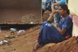 sujith borwell rescue operation trichy manapparai sujith parents - அழ கூட கண்ணீர் இல்லை; சுஜித் பெற்றோரின் நிலை என்ன?