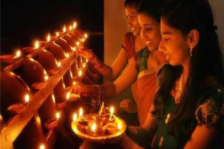 diwali, celebration, india, states, 5 days celebration, tamil nadu, gujarat, naragasuran, bhagwan krishna
