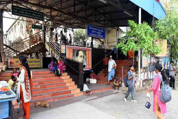 Chennai,railway station,new amenities,Escalator,Egmore railway station,egmore