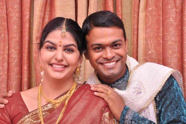 serial actress sri vidya