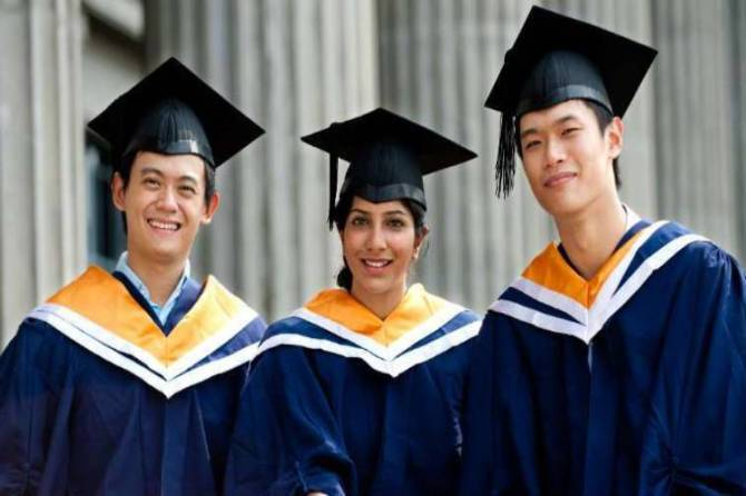 Indian students with Chinese medical degree : சீனாவில் மருத்துவ பட்டம் பெற்றவர்கள் இந்தியாவில் தேர்ச்சி பெறுவதில்லை.. ஷாக்கிங் ரிப்போர்ட்!