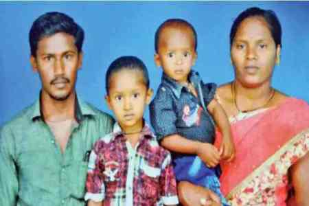 sujith death, sujith, sorry sujith, boy fall in bore well, Sujiht family mourned, sujith body rescued, sujith dead, sujith body decomposed, sujith family suffered, சுஜித் மரணம், சுஜித் உடல் மீட்பு, சுஜித் பெற்றோர்கள், சுஜித்தின் சிதைந்த உடல் மீட்பு, sujith rescue fail, Sujith family mourned his death, couldn't see sujith's face the last time, sujith body badly decomposed