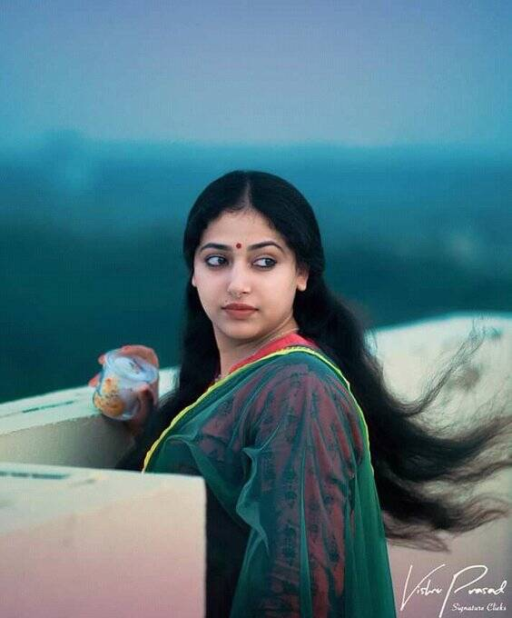 Anu Sithara photo gallery