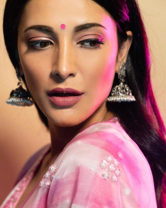 Shruti Haasan Latest Images