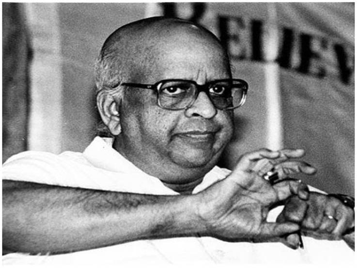 Former chief election commissioner TN Seshan