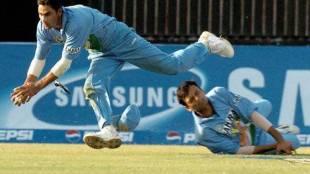 cricket flashback ind vs pak 2004 kaif catch inzamam century - இந்தியாவை கதிகலங்க வைத்த பாகிஸ்தான்... முகமது கைஃபின் அசாத்திய கேட்ச்சை கொண்டாடிய இந்திய தேசம் (வீடியோ)