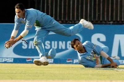 Cricket Flashback : இந்தியாவை கதிகலங்க வைத்த பாகிஸ்தான்… முகமது கைஃபின் ஒற்றைக் கேட்ச்சால் மாறிய முடிவு (வீடியோ)