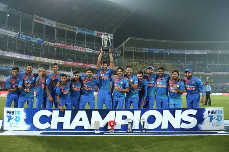 ICC T20I Rankings rohit sharma lokesh rahul - டாப் 10 டி20 பவுலர்ஸ்... டாப் 10 டி20 ஆல் ரவுண்டர்ஸ்... இந்திய வீரர்கள் எங்கே?