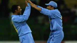 ind vs sa 2002 champions trophy semi final video - Cricket Flashback : ரஜினி சொன்ன அதிசயம் இதுதான் - கடைசி ஓவரில் பவுலராக சாதித்த ஷேவாக்! கண்ணீர் விட்ட கங்குலி!
