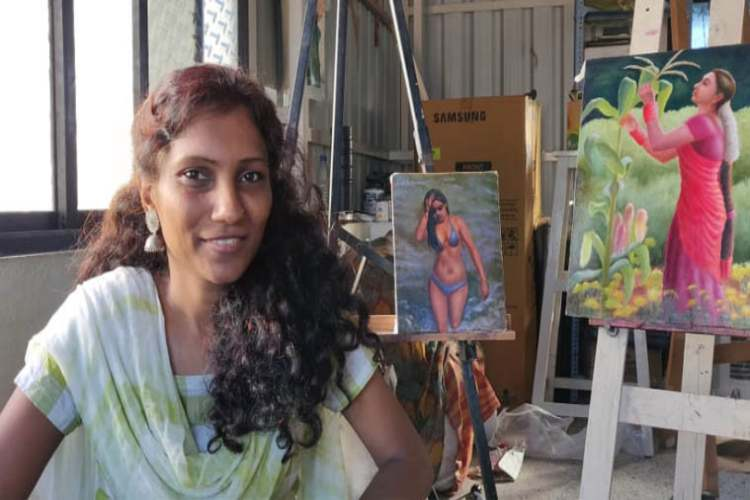chennai-based-artist-ramya-sadasivam-excels-in-figurative-art-which-includes-nude-painting-next-fous-on-lgbt-community