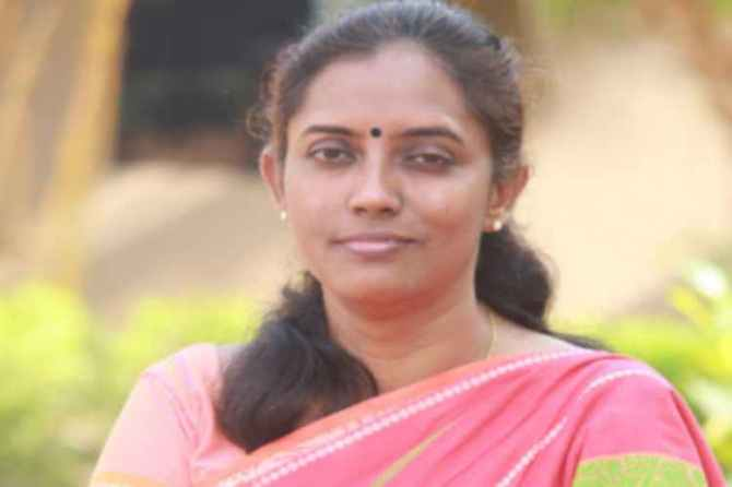 mp jothimani, Jothimani quits TV debate over Karu Nagarajan's derogatory speech