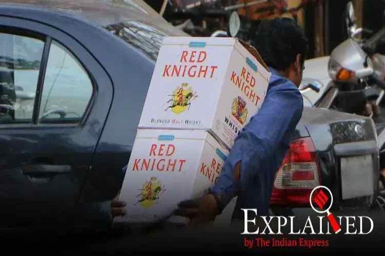 kerala news, kerala liquor policy, kerala alcohol policy, kerala cm pinarayi vijayan, ldf government, udf government, கேரளா, கேரளா மது கொள்கை, பினராயி விஜயன், cpm, congress, bjp, kerala prohibition, kerala liquor ban, kerala liquor, Tamil indian express