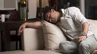 fitbit, new insight, average sleep indians, india sleep patterns, indianexpress.com, indianexpress, rem sleep, fitness tracker, how active are indians, japan sleep patterns