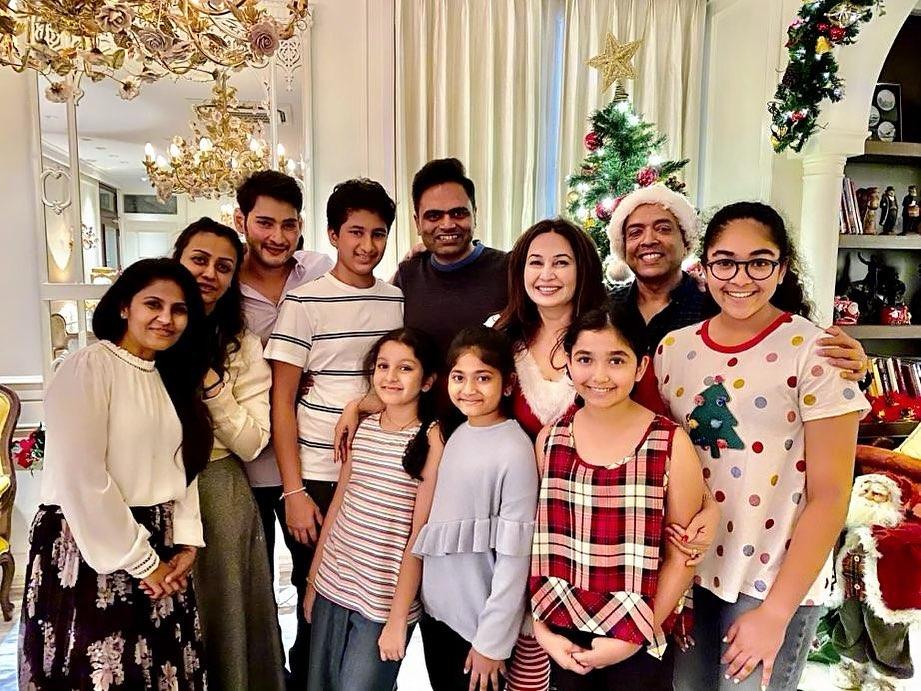 Celebrities Christmas Celebration