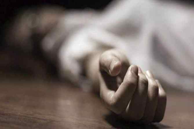newly married couple commits suicide on railway track