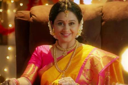 Rasathi Serial, Devayani entry