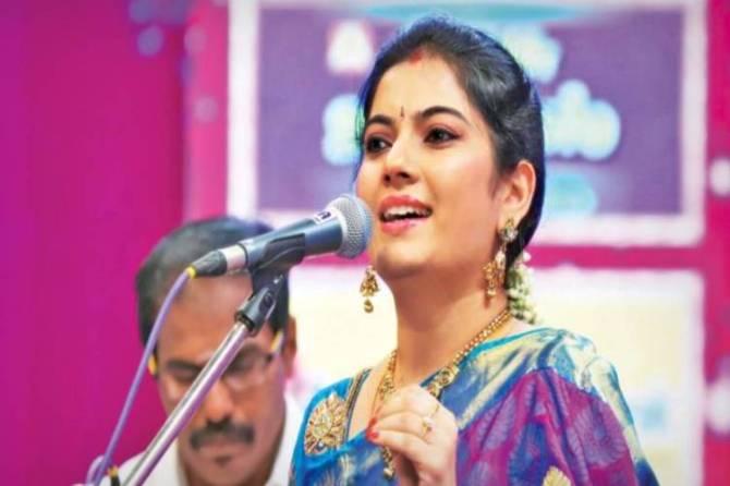 mahanadhi fame shobana filed case in chennai high court - 'எனது கந்த சஷ்டி கவசம் ஆல்பத்தை இணையதளத்தில் வெளியிடக் கூடாது' - 'மகாநதி' பட புகழ் ஷோபனா வழக்கு