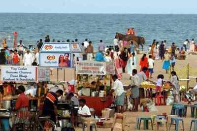 Chennai corporation statement, 900 cart shops set up at Marina, சென்னை மெரினா, கடற்கரை, சென்னை மாநகராட்சி அறிக்கை, 900 cart shops in Rs 27 crore at marina,madras high court, Chennai city corporation