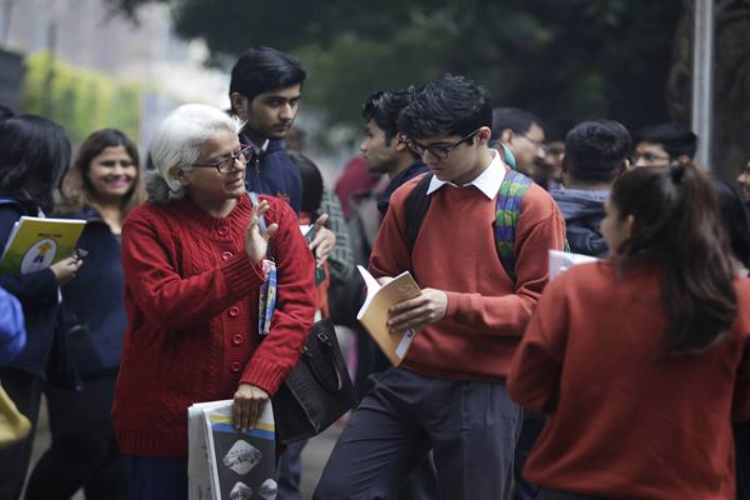 CBSE wants students parents to stay away From Rumours