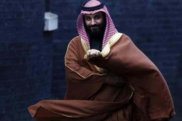 jeff bezos. amazon.com inc ceo jeff bezos, jeff bezos phone hacked, அமேசான் சிஇஓ ஜெஃப் பெசோஸ், jeff bezos divorce, saudi arabia jeff bezos, சவுதி இளவரசர் முஹம்மது பின் சல்மான், பெசோஸ் போன் ஹேக்கிங், jeff bezos affair, saudi arabia crown prince, Saudi prince Mohammed bin Salman