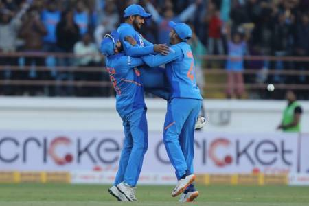 India vs Australia 2nd ODI Live Score