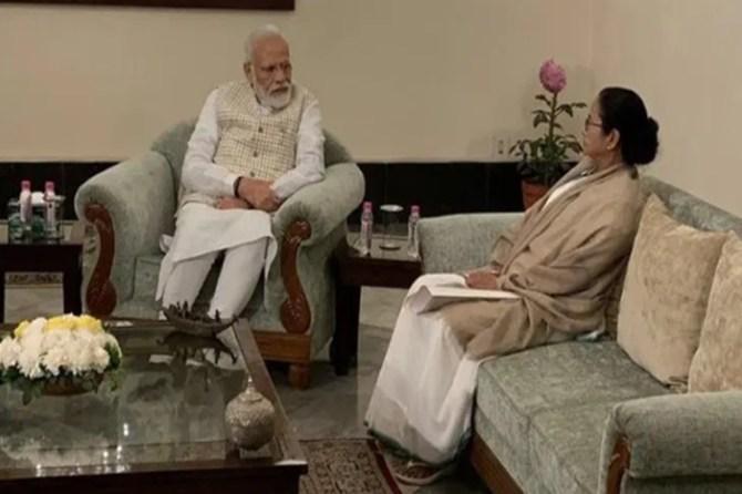 I am the only leader who met PM Modi and told him to withdraw CAA says mamata banerjee - 'பிரதமரை சந்தித்து சிஏஏவை கைவிட சொன்ன ஒரே தலைவர் நான் தான்' - மாணவர்களுக்கு மம்தா பானர்ஜி பதில்