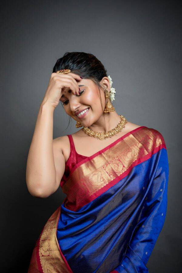 Vani Bhojan latest images