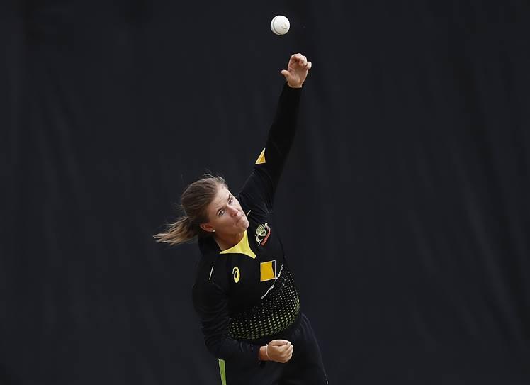 Jess Jonassen, Women's T20 Tri-series final match